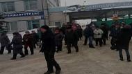 Рабочие «Чувашавтотранса» встали — жители Чебоксар походят пешком